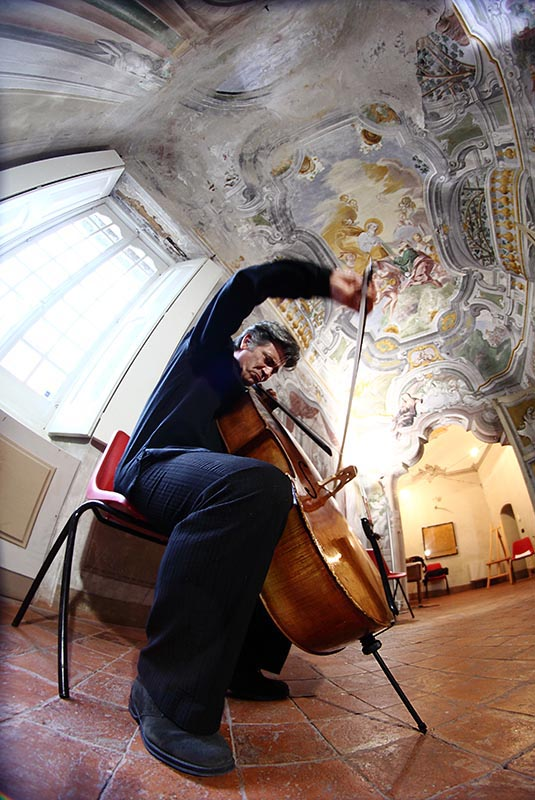 Fotografie Musicisti - Giovanni Ricciardi violoncellista
